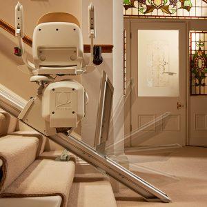rail relevable monte escalier acorn confort plus