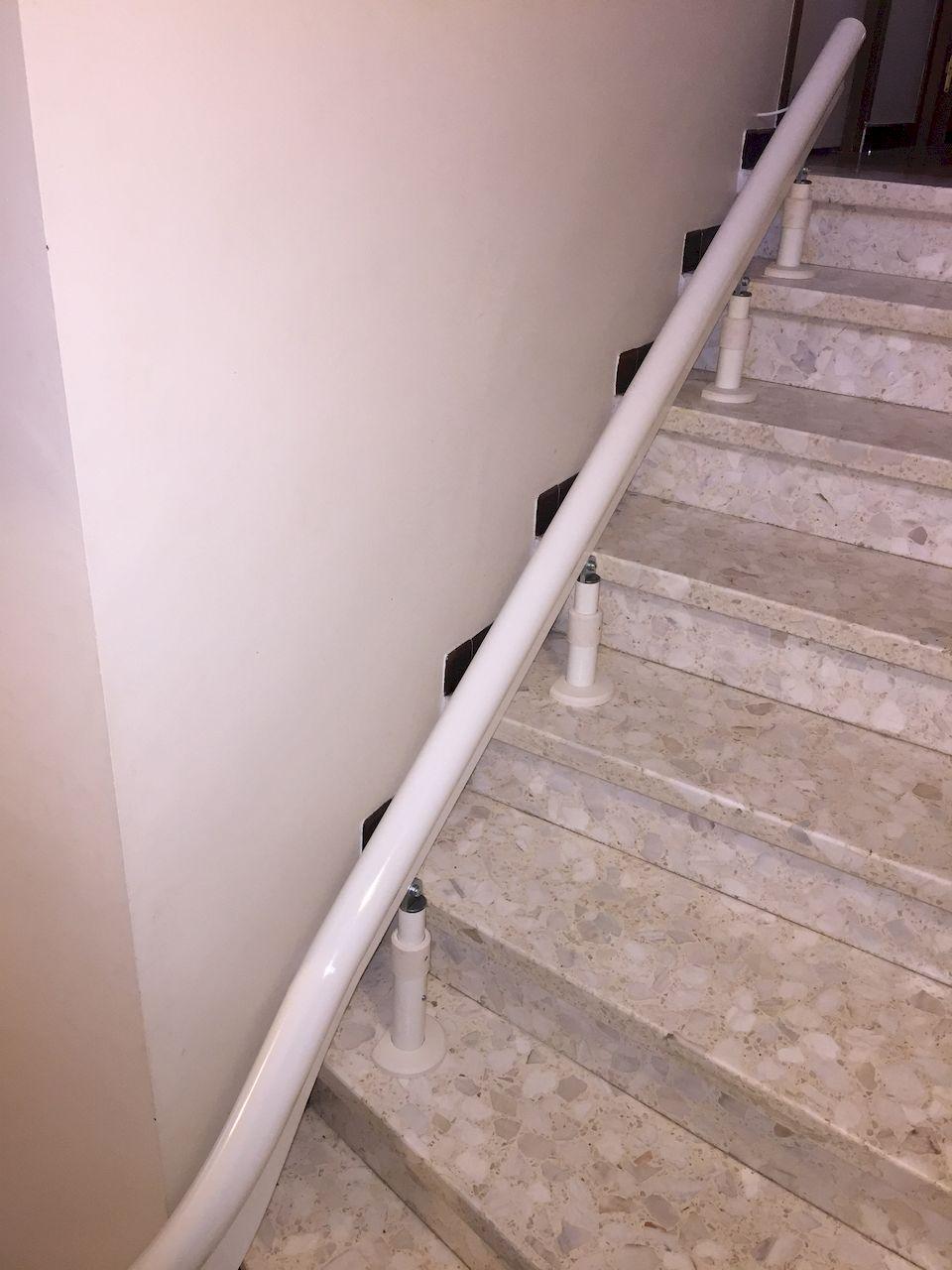 Confort Plus Installation A Toulouse D Un Monte Escalier